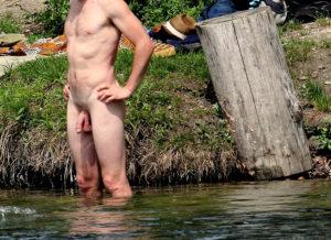 Bisexuell kille i Norrbotten är med på nästan allt inom sex